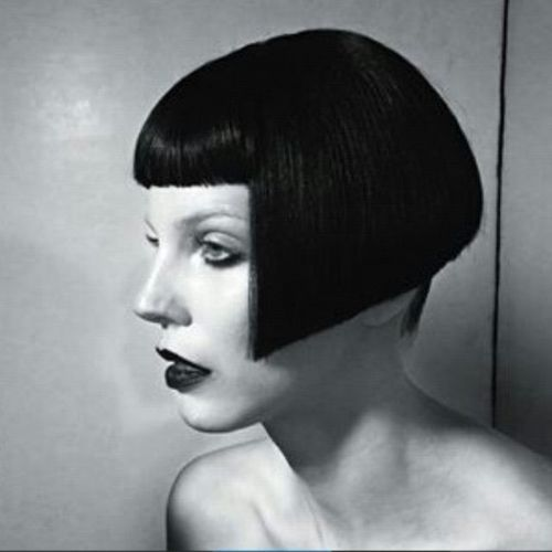 Black Bob with Short Fringe