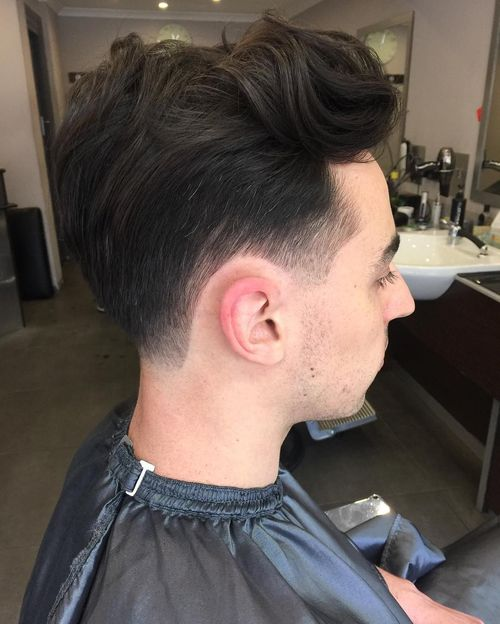 Long Wavy Tapered Cut