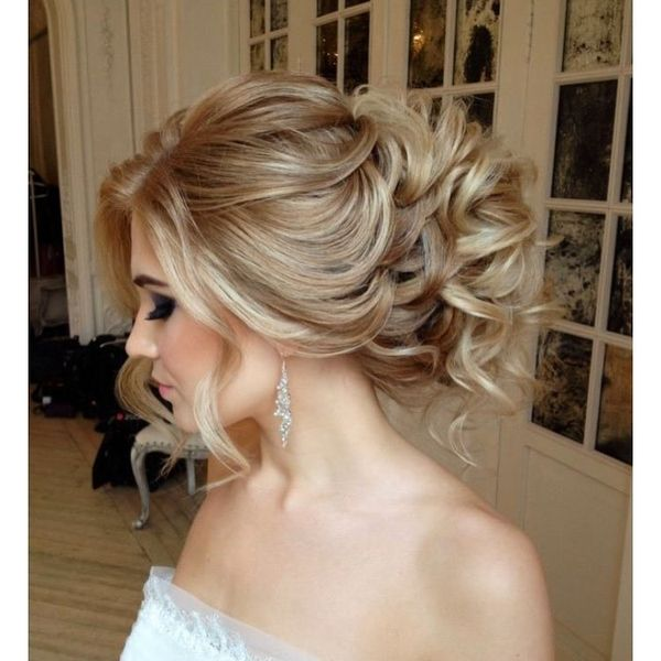 Elegant curls with long side locks