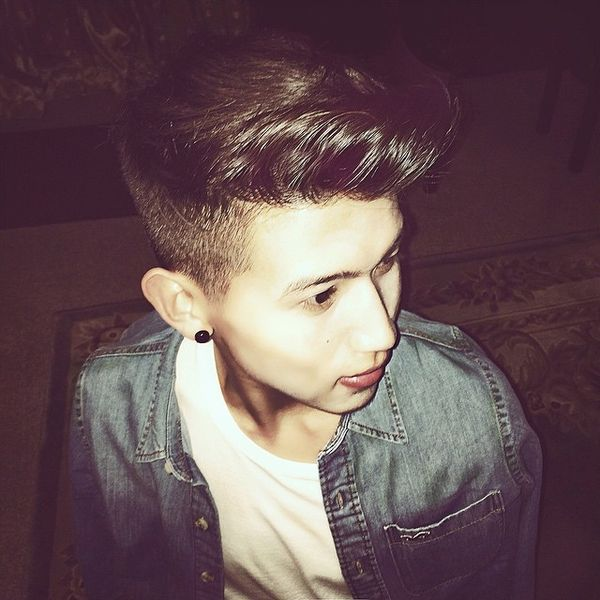 5 High and wavy pompadour