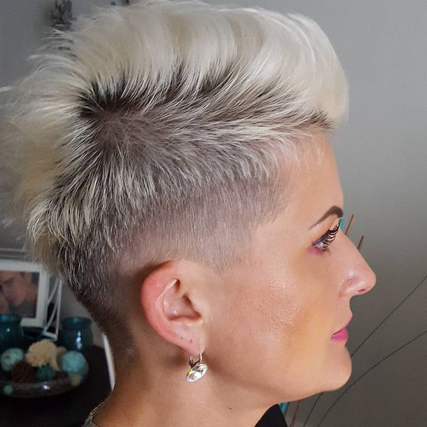 Amazing White Mohawk0