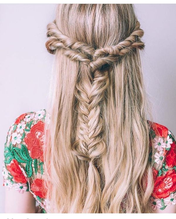 Bohemian Everyday Long Blonde Hairstyle