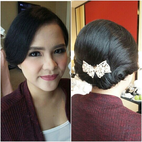 Cute Black Bunch with a Pretty Bow Accessory0