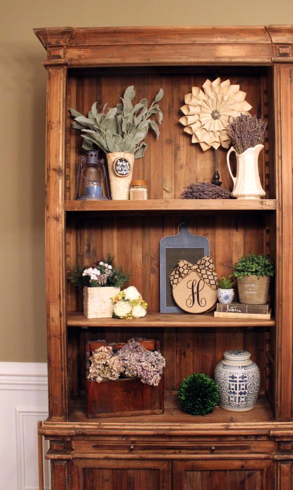 diningroom-hutch