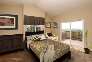 016_FOR_SALE_24153_Via_Mirola_Temecula_De_Luz_VIANEY_OJEDA_909.942.6165_Main_Level_Bedroom_staged