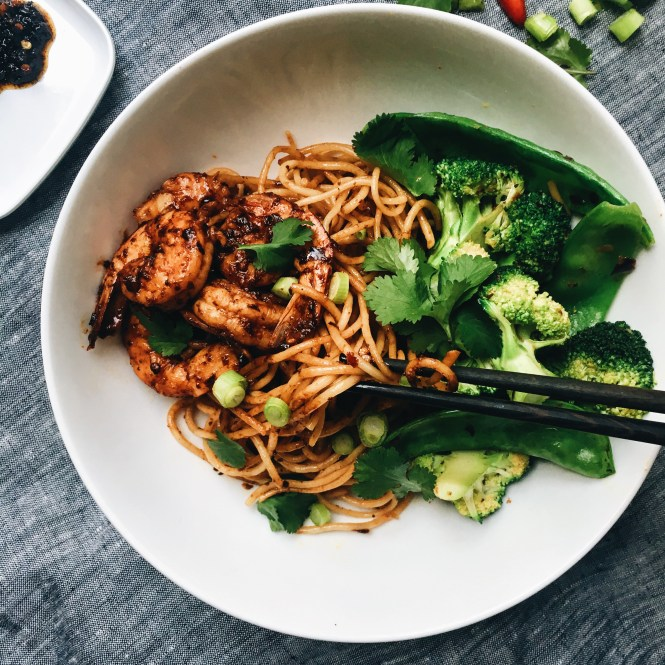 Crispy chilli paste prawns , rice noodles and greens 3