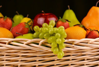 5 Places to Buy Fresh Fruit Online