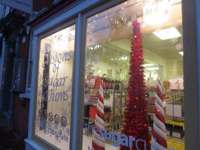 The Sugar Cube's lovely Christmas window!