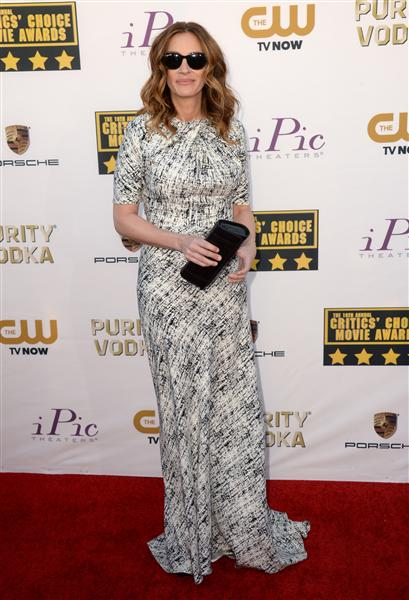 The He Said She Said Experience- 2014 Critics' Choice Movie Awards Best Dressed- Julia Roberts in Juan Carlos Obando