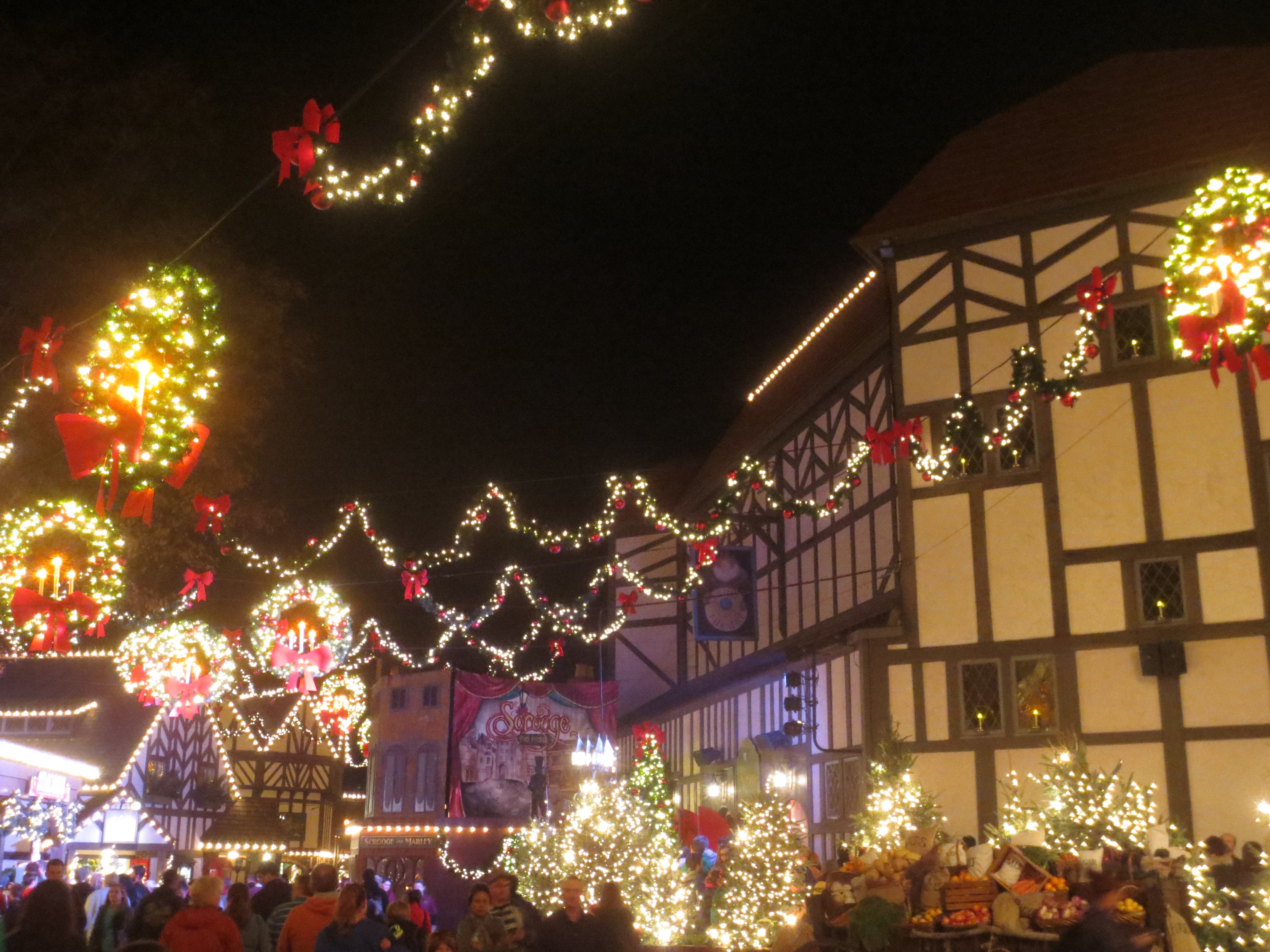 Christmas Town at Busch Gardens Williamsburg - THE HE SAID SHE SAID ...