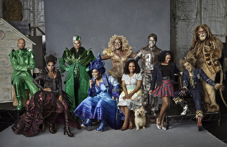 THE WIZ LIVE! -- Season: 2015 -- Pictured: (l-r) Common as The Bouncer, Mary J. Blige as Evillene, Queen Latifah as The Wiz, Amber Riley as Addapearle, Uzo Aduba as Glinda, Stephanie Mills as Auntie Em, Toto, Ne-Yo as Tin-Man, Shanice Williams as Dorothy, Elijah Kelley as Scarecrow, David Alan Grier as The Cowardly Lion -- (Photo by: Paul Gilmore/NBC)