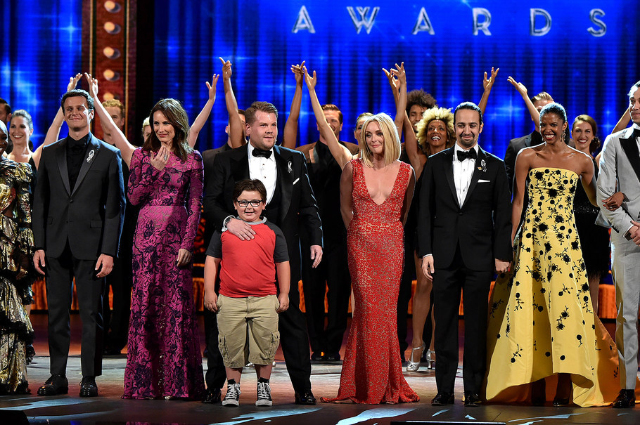 NEW YORK, NY - JUNE 12:  (L-R) Jonathan Groff, Laura Benanti, James Corden, Jane Krakowski, Lin-Manuel Miranda, Renee Elise Goldsberry, Zachary Levi and Danielle Brooks perform onstage during the 70th Annual Tony Awards at The Beacon Theatre on June 12, 2016 in New York City.  (Photo by Theo Wargo/Getty Images for Tony Awards Productions)