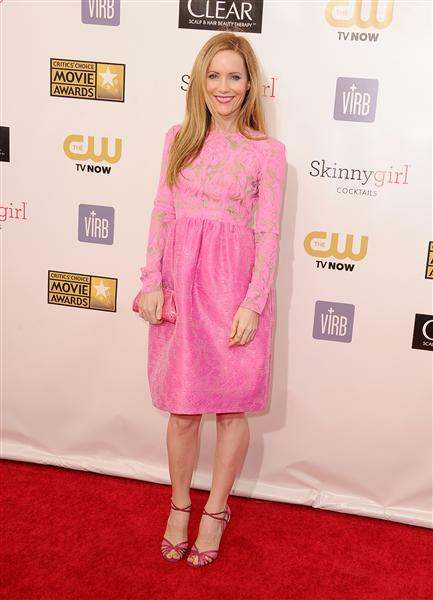 lesley mann critics' choice awards 2013