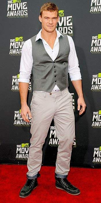 alan ritchson 2013 mtv movie awards
