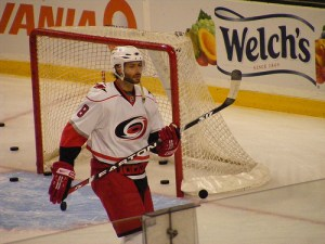Free agent signing Matt Cullen won a Cup with the 'Canes in 2006 Photo by Dinur on Flickr.