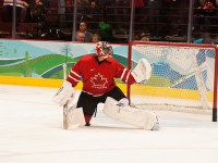 Roberto Luongo was the starter in 2010, will he retain his spot in 2014?