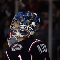 Steve Mason, here a member of the Columbus Blue Jackets, hasn't had a winning season since his Calder Trophy winning year in 2009. (Dave Gainer/THW)