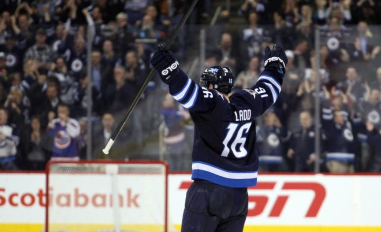 6 Teams Who Should Consider an Andrew Ladd Trade