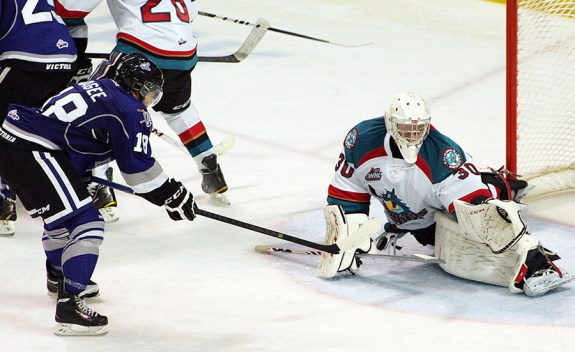 Jordan Cooke continues to lead the Kelowna Rockets to wins (whl.ca)