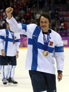 Teemu Selanne ended his amazing Olympic career with 2 goals in the Bronze Medal Game (Winslow Townson-USA TODAY Sports)