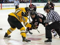 Saint Cloud State captain and Nashville Predators 2009 4th round draft pick Nick Oliver (Photo by Saint Cloud State)