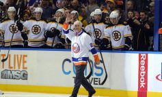 Mike Bossy Reunited With 50-in-50 Puck