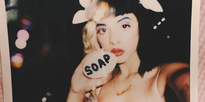 Melanie-Martinez-Soap-2015-1200x1200[1]