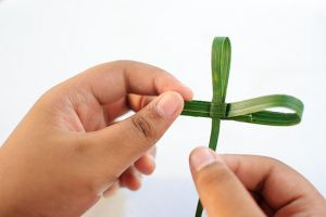 DIY Palm Frond Cross