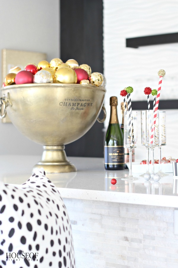 christmas-home-tour-A-Holiday-Bar