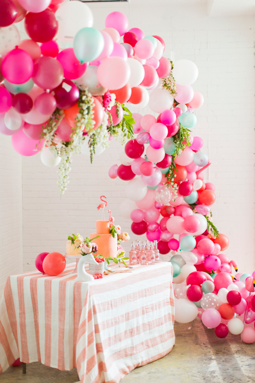 Flamingo Pop. A bridal collaboration with BHLDN and The House That Lars Built. Balloons installation by Brittany Watson Jepsen. Balloons provided by Zurchers. Flowers by Tinge Floral. Photo by Jessica Peterson.