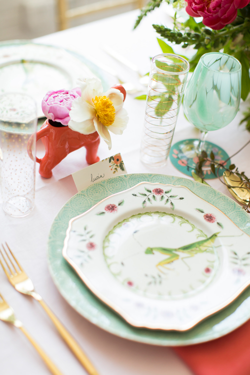 Flamingo Pop. A bridal collaboration with BHLDN and The House That Lars Built. Name tags, coasters, flutes from BHLDN. Dinnerware and flatware from Anthro. Photo by Jessica Peterson.