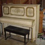 piano-exterior
