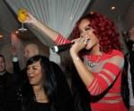 Rihanna_rings_in_2011-in_Last_Vegas