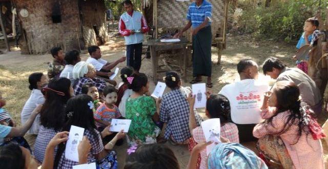 WWD-RCV-and-Community-volunteers-teach-hygiene-and-sanitation-promotion