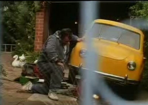 Tommy Dysart in Yellow Pages Goggomobil TV commercial