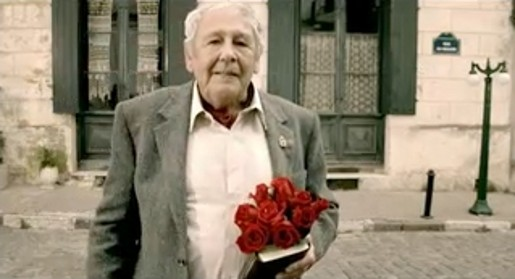 Veteran with roses and diary in Lotto Old Flame commercial