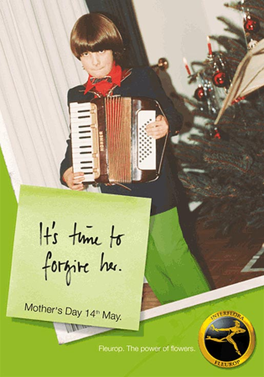 Child with accordion for Fleurop Interflora Mothers Day print advertisement