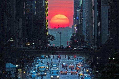 Manhattanhenge-Paper-magazine