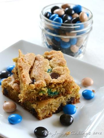 Almond Joy Cookie Bars 018