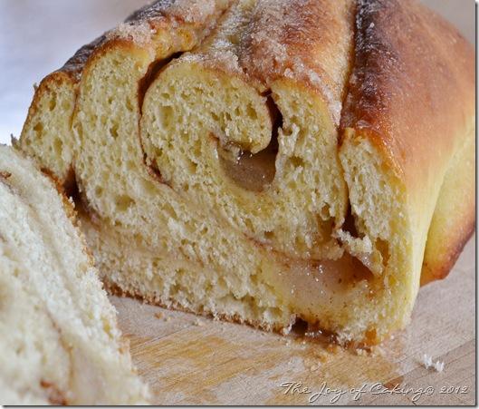 cinnamon bread 046