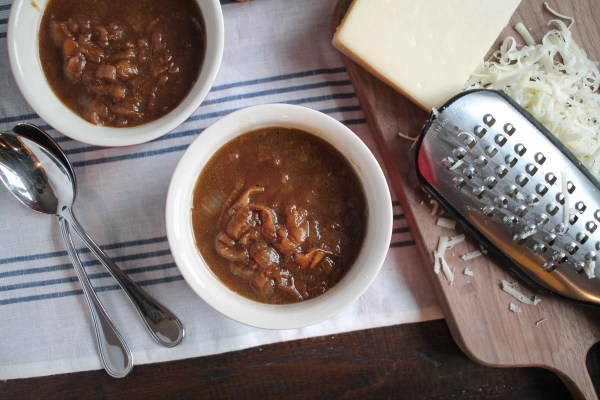 french-onion-soup-with-beer