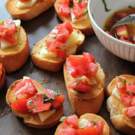 Tomato Montaditos with Olive Oils from Spain