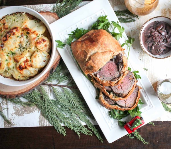 christmas-beef-tenderloin-wrapped-in-pastry-6