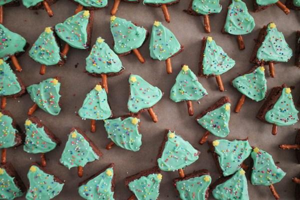 christmas-tree-brownie-bites-4