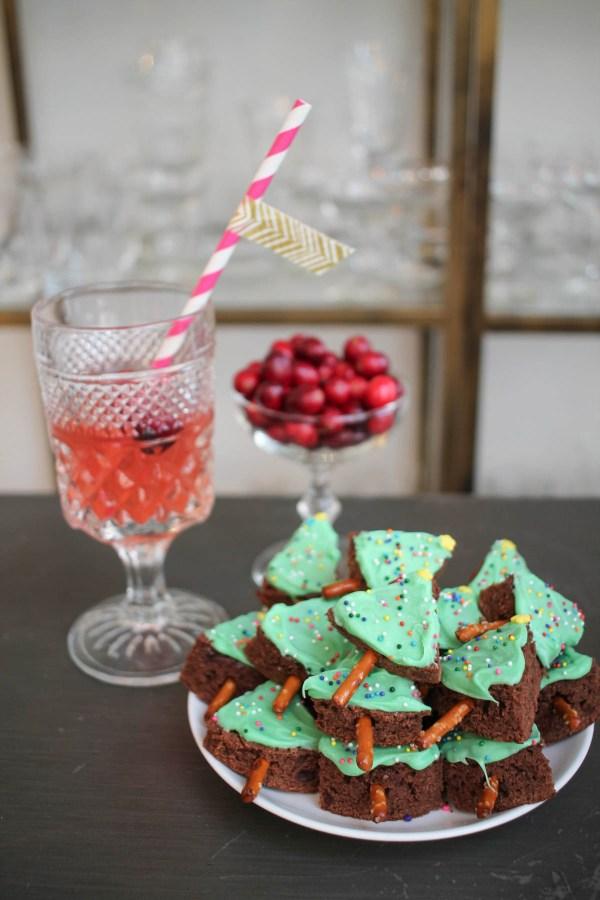 christmas-tree-brownie-bites-9