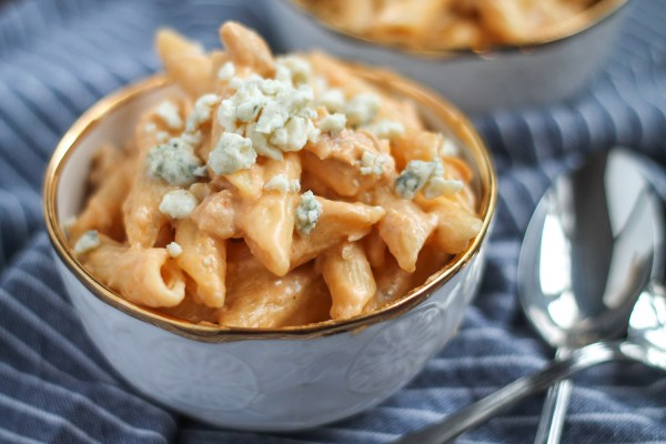 Buffalo Chicken Mac & Cheese Recipe, shared by The Kittchen at The Chicken Chick's Clever Chicks Blog Hop