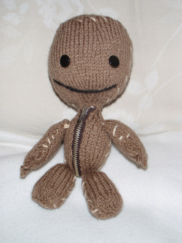 The Knitted Sackboy is Finished!