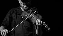 Jesse Zubot, musicien-producteur vancouvérois. | Photo par Jennifer McInnis