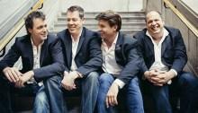 Le groupe de musique classique Quartom. | Photo par Brent Callis