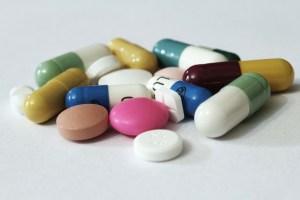 pills, medications, breastfeeding and medications